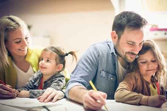 No confinamento, não desespere! Algumas ideias para fazer em casa sozinho ou em família.